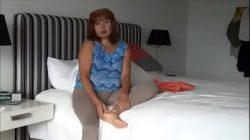 Madura insatisfecha por micro pene del marido. No sintió nada