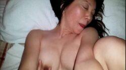 Rico sexo con una madura china amateur en lencería